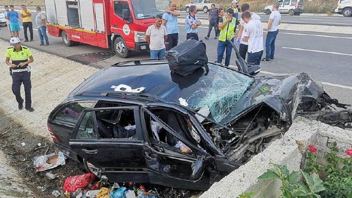 Gurbetçi Aile Kaza Yaptı: 3 Ölü, 1 Yaralı
