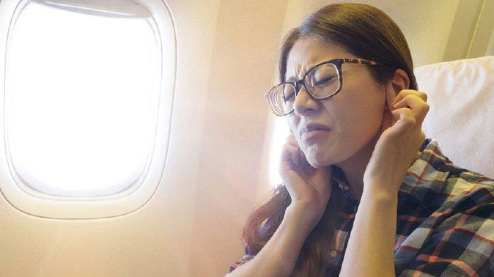 Uçuş Sonrası Kulağınız Ağrıyorsa Dikkat!