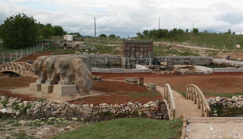 Eflatunpınar Hitit Su Anıtı  Konya