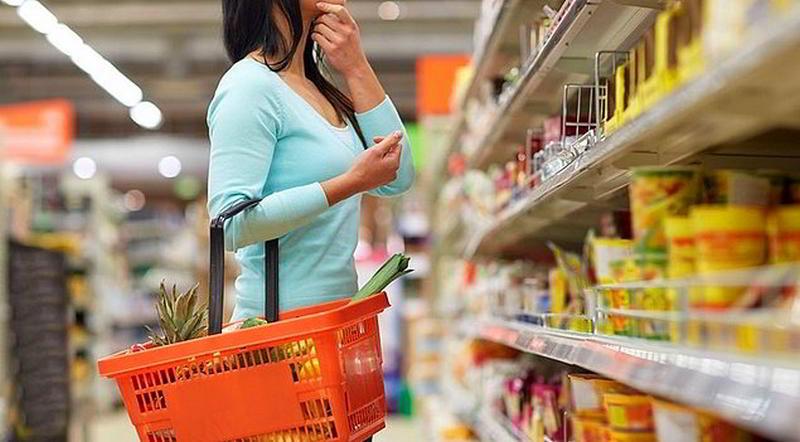 Marketlerin Yeni Oyunu Gizli Zam: Fiyatı Sabit Tutup Gramajı Düşürmek