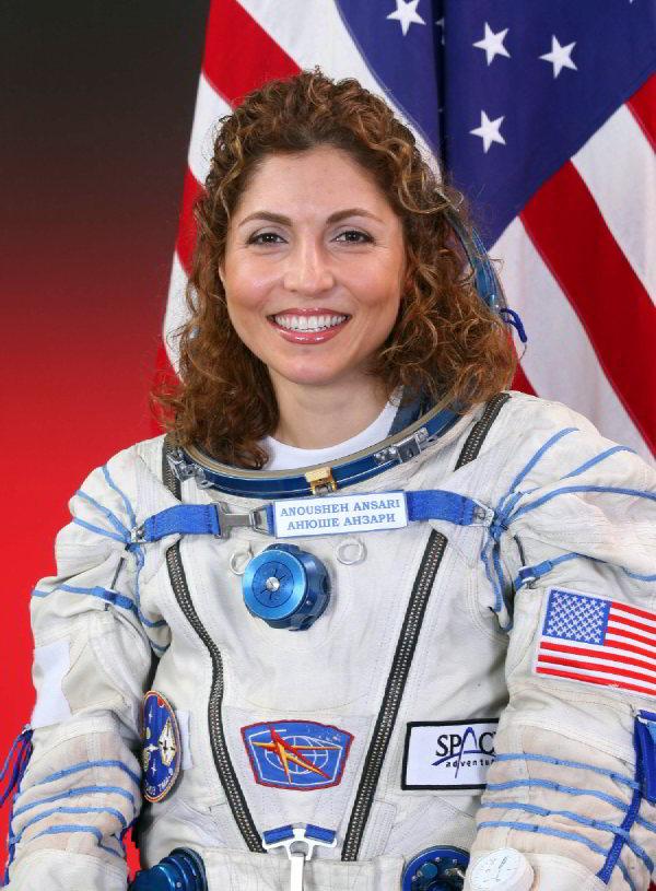 Anuşe Ansari – İlk Müslüman Kadın Astronot – İlk Kadın Uzay Turisti