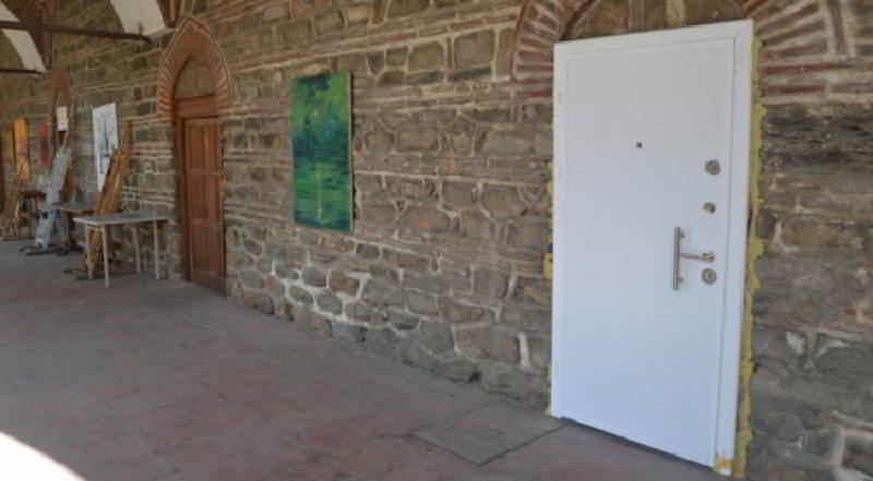 510 Yıllık Hanın Kapısına Çelik Kapı Takıldı