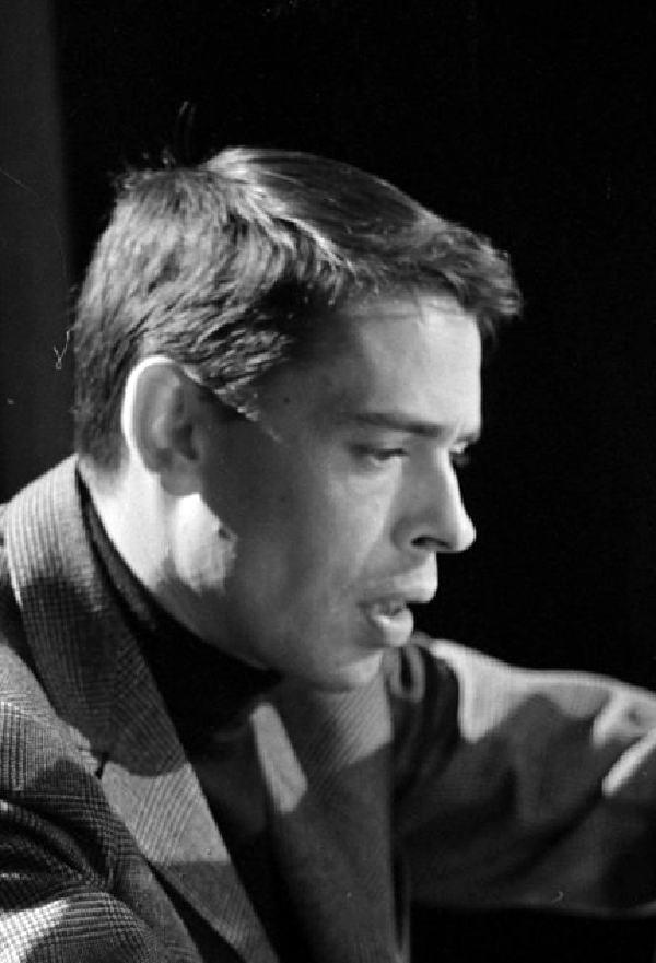 Jacques Brel (8 Nisan 1929 - 9 Ekim 1978)
