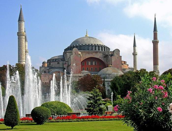 Türkiye'de Camiye Çevrilen Kiliseler