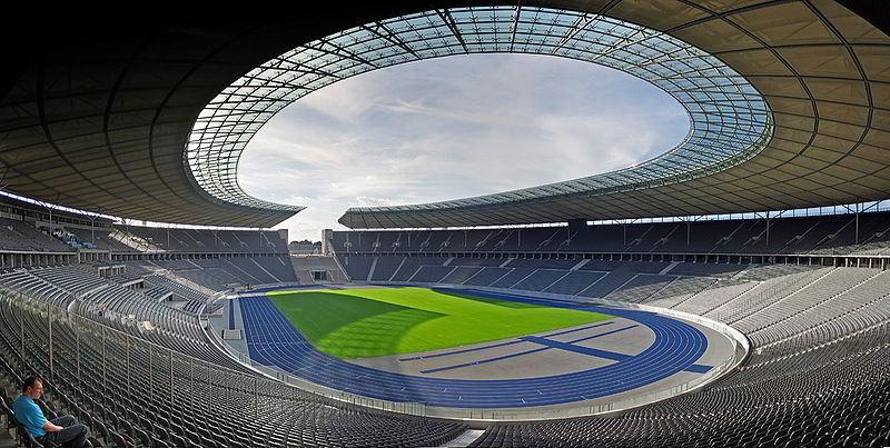 Berlin Olimpiyat Stadyumu