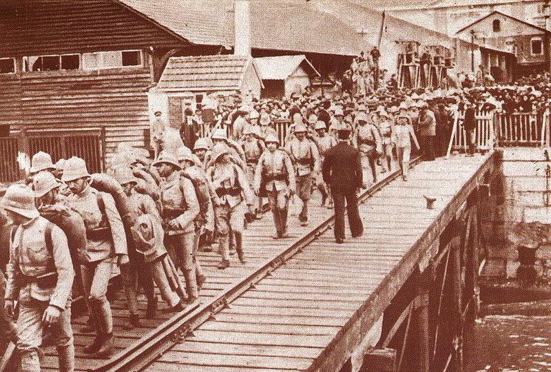 Birinci Dünya Savaşı sırasında Angola'ya giden Portekizli askerler