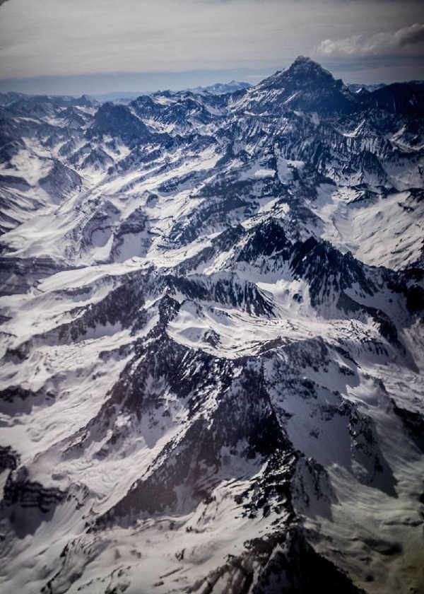 Aconcagua, Asya dışındaki en yüksek dağ, 6.960,8 metre ve Güney Yarımküre'deki en yüksek noktadır.