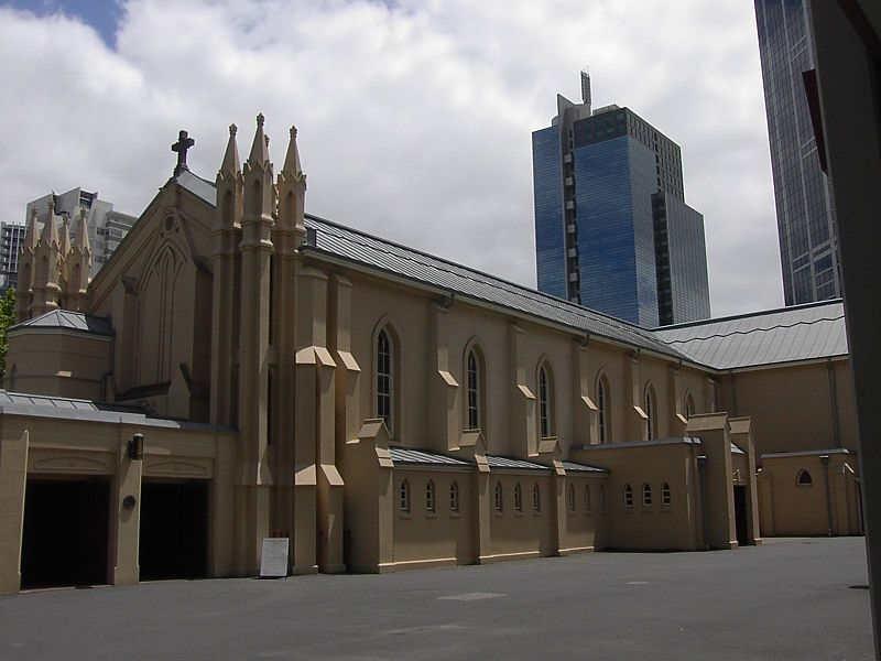 Melbourne'deki Aziz Francis Katolik Kilisesi.