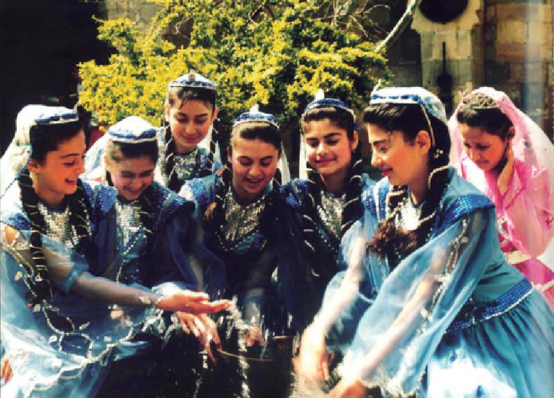 Azerbaycanlı kızlar