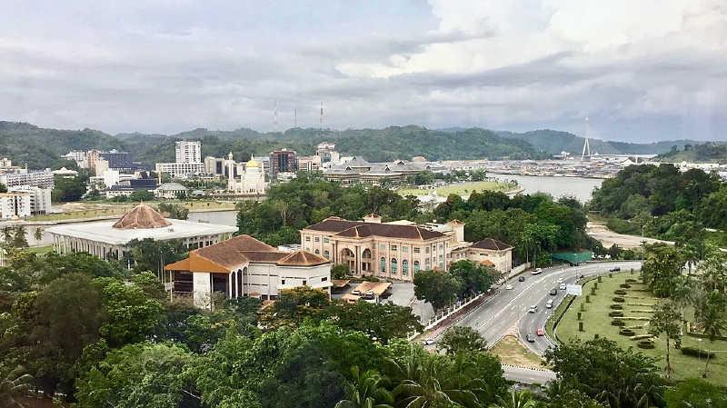 Başkent Bandar Seri Begawan.