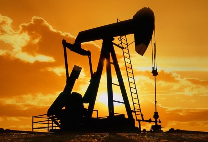 Cezayirde  Petrol  kuyusu