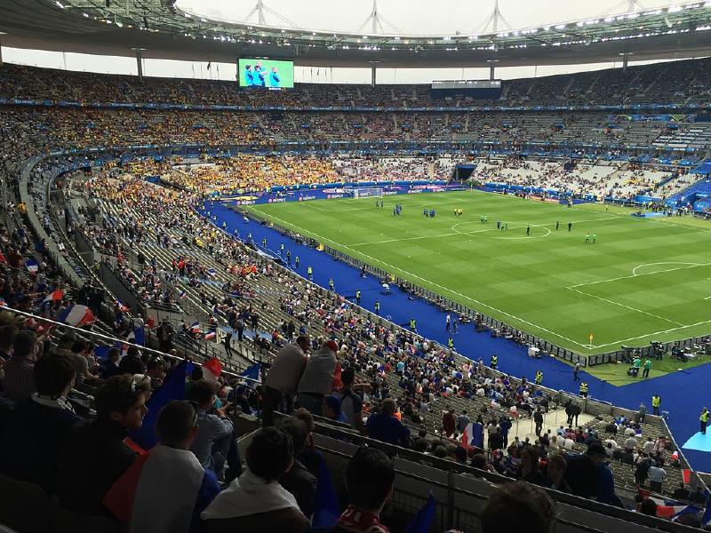 Stade de France, 1998 FIFA Dünya Kupası için inşa edildi