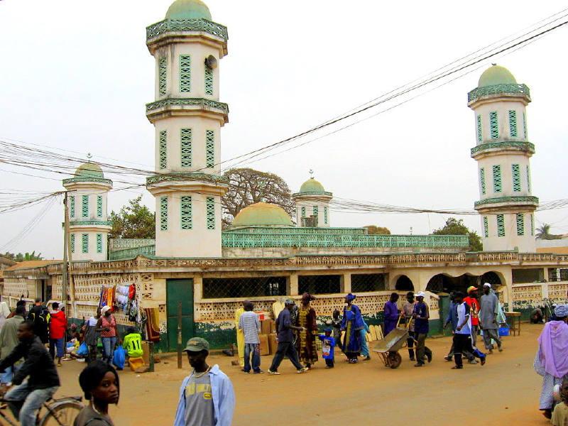 Serrekunda'da bir  Cami