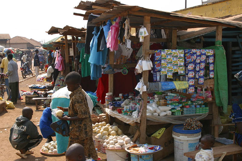 Kissidougou'da bir market
