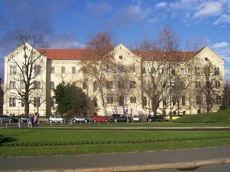 Zagreb Üniversitesi