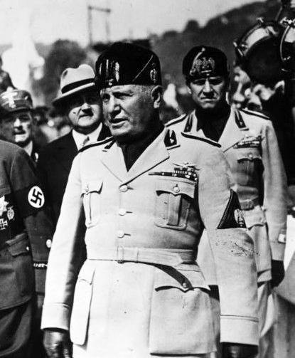 1922-1943 arasında İtalya'nın başbakanı Benito Mussolini