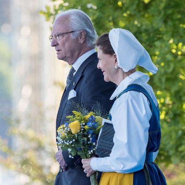 Şu anki İsveç Kralı Carl XVI Gustaf ve İsveç Kraliçesi Silvia