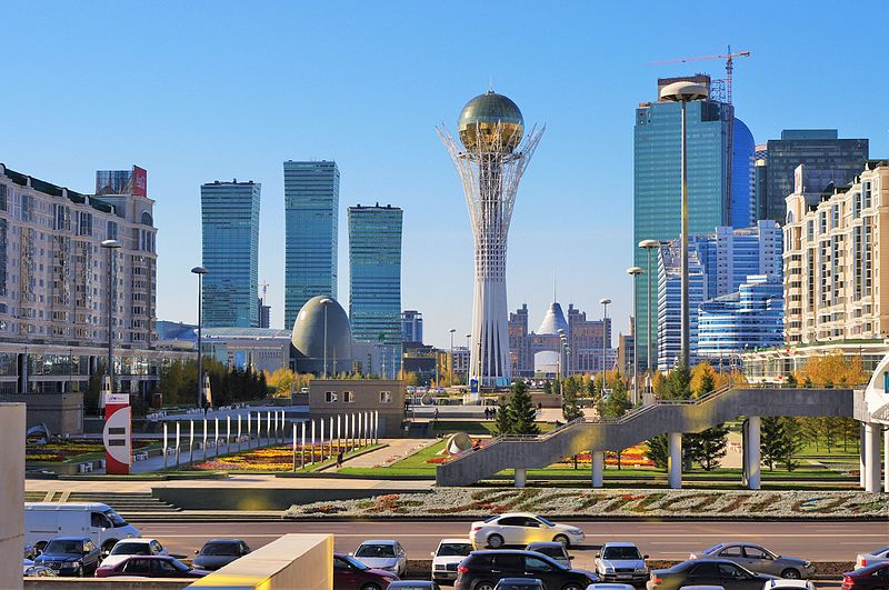 Ekonomik ve politik başkent Astana (Nur-Sultan)