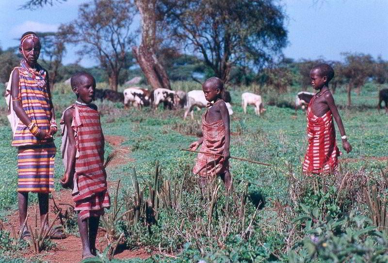 Masai  kabilesi çocukları