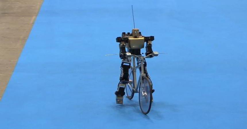 Bisiklet Kullanan Robot