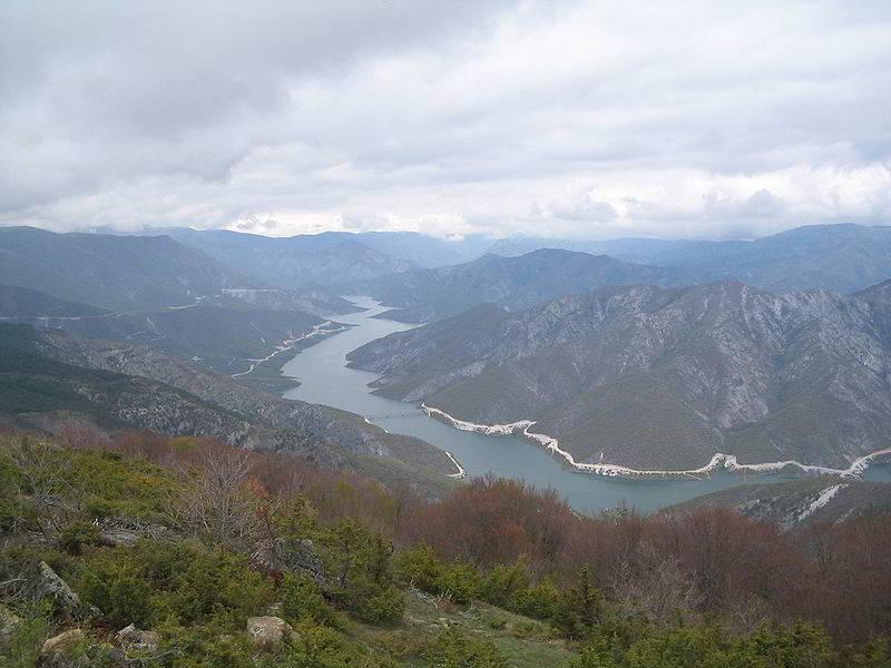 Kozyak baraj gölü