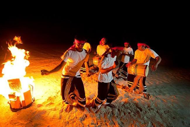 Maldivlerde bir  festival görüntüsü