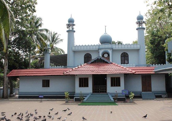 Cheraman Juma Camii / Kodungallur, Hindistan . Yapım: 629