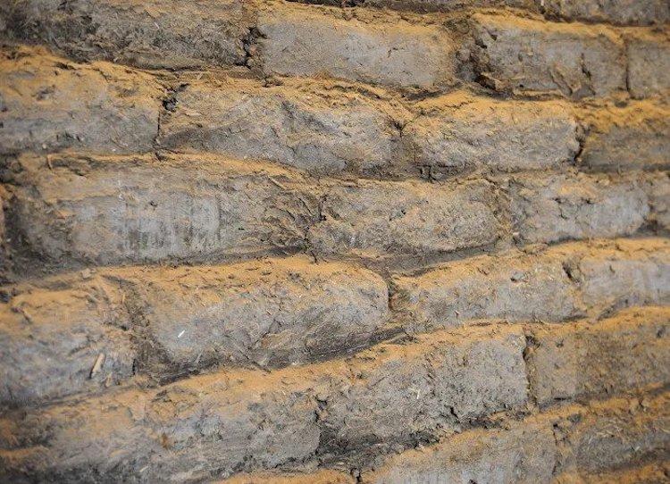 Fırat nehrinin batı kıyısında bir antik Sümer kenti olan Mari'deki arkeolojik alan.