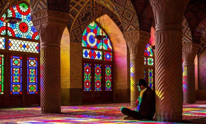 Vitray nedir? Cam ile Işığın Aşkı