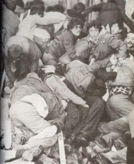 1 May�s 1977 Taksim Katliam� (Kanl� 1 May�s)