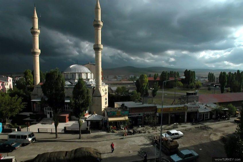 https://www.topragizbiz.com/img/images/Ardahan-Merkez-Mevlit-Efendi-Cami2d2d72c0e2c33e08.jpg