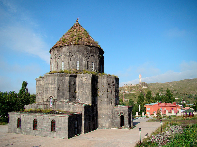 https://www.topragizbiz.com/img/images/Kumbet-Cami-Havariler-Kilisesi7e7f5f41e9662d49.jpg