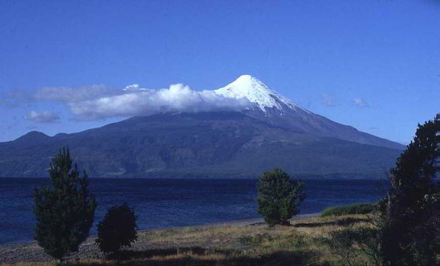 Volcan_Osorno0667b598a3dcb58a.jpg