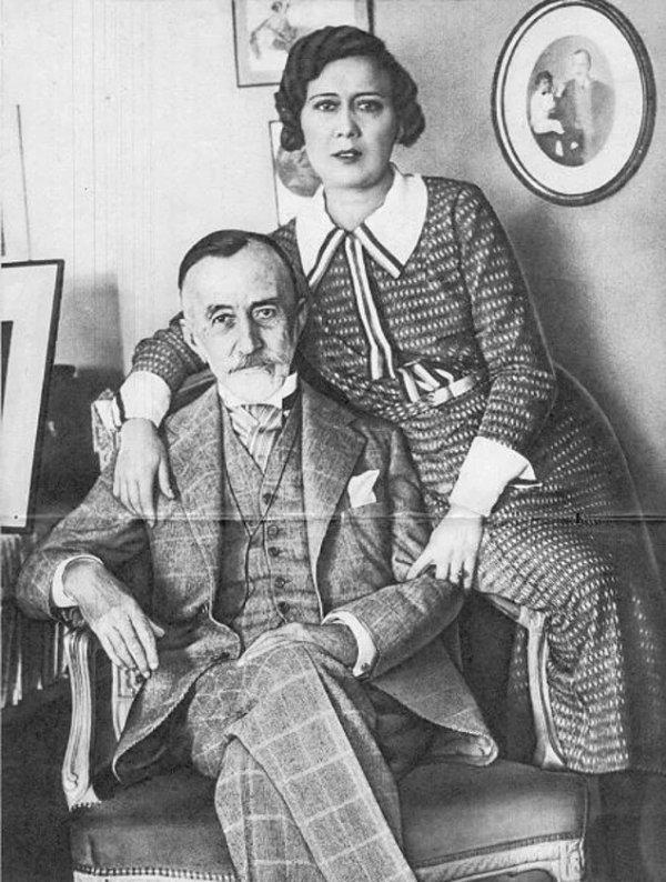 Abdulhak Hamid ve Eşi Fatma Hanım