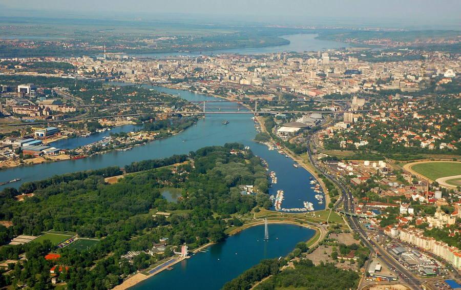 Sırbistan'a Giriş Yapacak Tüm Yabancılardan Negatif PCR Test Sonucu İstenecek
