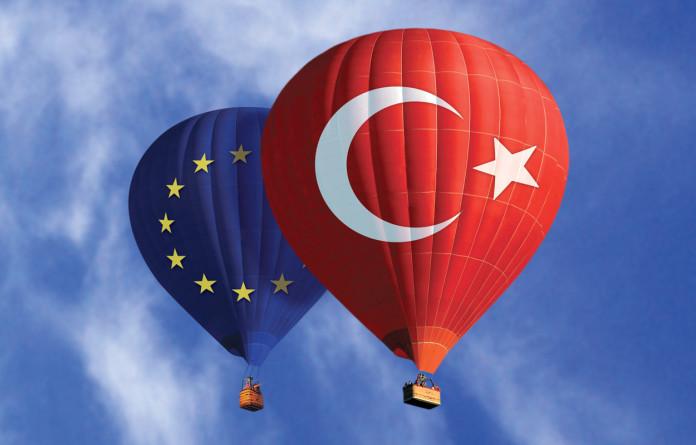 Türkiye Avrupa Birliğine girmeli mi?