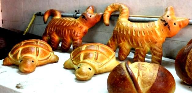 Hayvan Figürlü ve İsim Yazılı Ekmekler  Büyük İlgi Görüyor