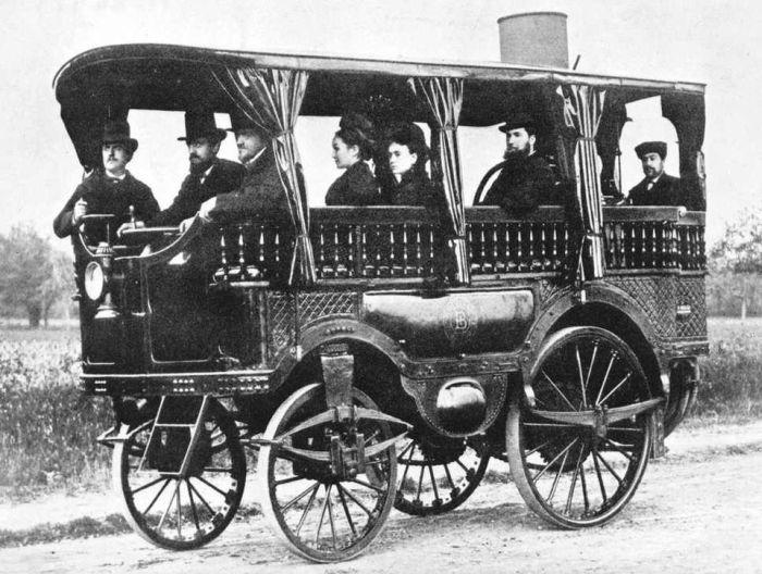 Dünyanın ilk otobüsü
