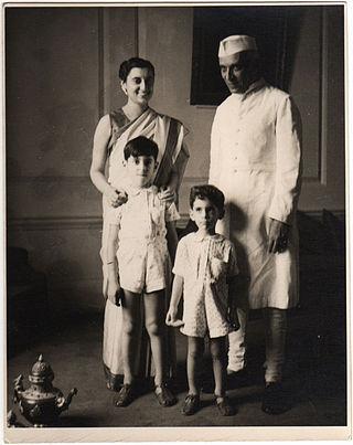 Indira Gandhi, Jawaharlal Nehru, Rajiv Gandhi ve Sanjay Gandhi