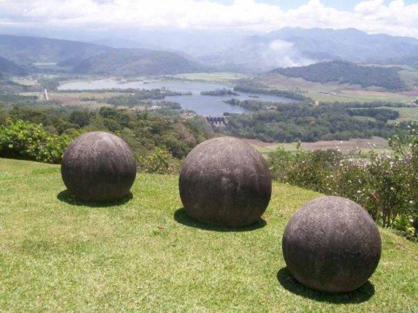 Kosta Rika Taş Küreleri