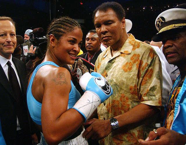 Muhammed Ali'nin kızı Laila da tıpkı babası gibi profesyonel bir boksör