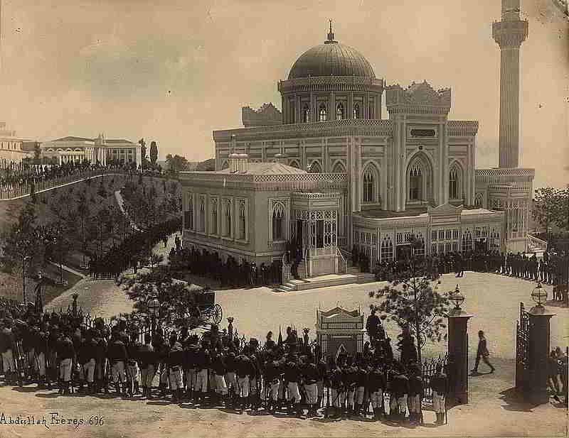II. Abdülhamit Hamidiye Camisinde cuma selamlığında