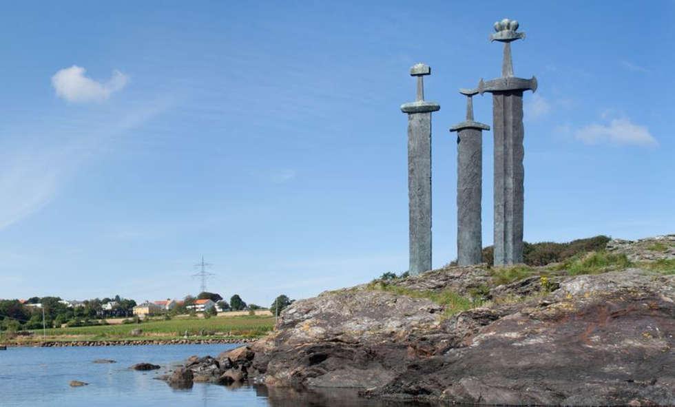 Sverd i Fjell - Norve�'teki Dev K�l�� An�t�
