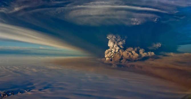 Eyjafjallajökull yanardağının 2010 yılında püskürttüğü küller, altı gün boyunca yüzlerce uçuşun iptaline neden olmuştu.