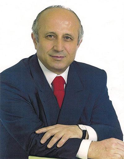 Yaşar Nuri Öztürk